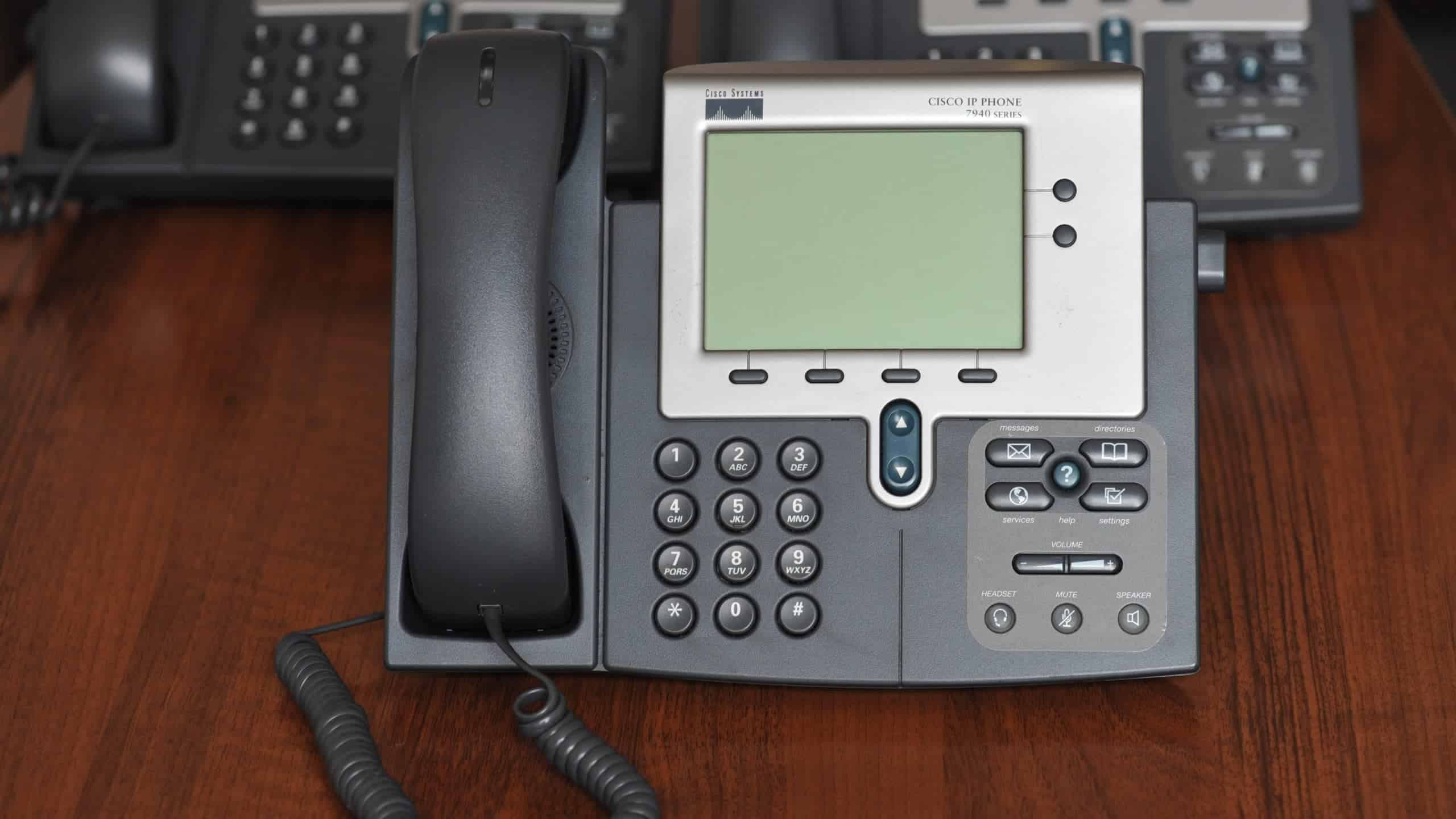 Why You Should Consider Switching to a VoIP Home Phone