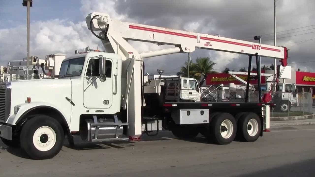 Are You Selecting The Right Company Dealing In Crane Truck?