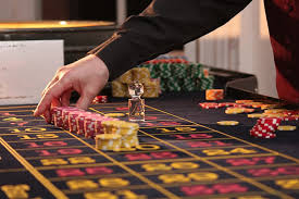 Be Smart & Play Safe: Tips to Stay Safe When Gambling Online